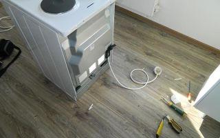 Установка электроплиты на кухне без розетки